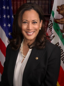 Kamala Harris / Author : Office of Senator Kamala Harris / CC BY-SA (https://creativecommons.org/licenses/by-sa/3.0)