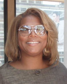 Queen Latifah / Author : Affiliate Summit / CC BY-SA (https://creativecommons.org/licenses/by-sa/3.0)