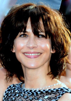 Sophie Marceau / Author : Georges Biard / CC BY-SA (https://creativecommons.org/licenses/by-sa/3.0)