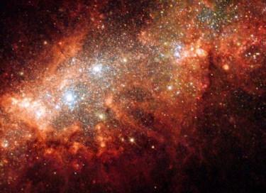 Pour illustrer ce dossier non technique, des images astronomiques se sont vite imposées. Le spectacle hallucinant de certaines galaxies ou nébuleuses est non seulement magnifique mais permet d'ouvrir son esprit vers plus de conscience, vers un sentiment d'exister plus intense.