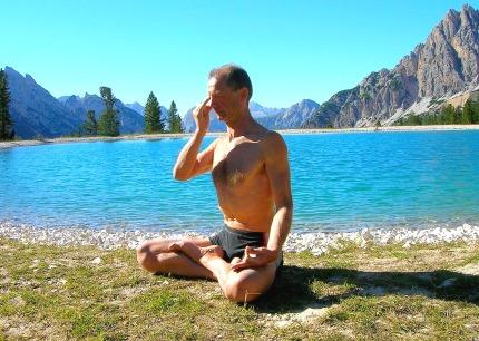 Un discipline Poissons, le yoga